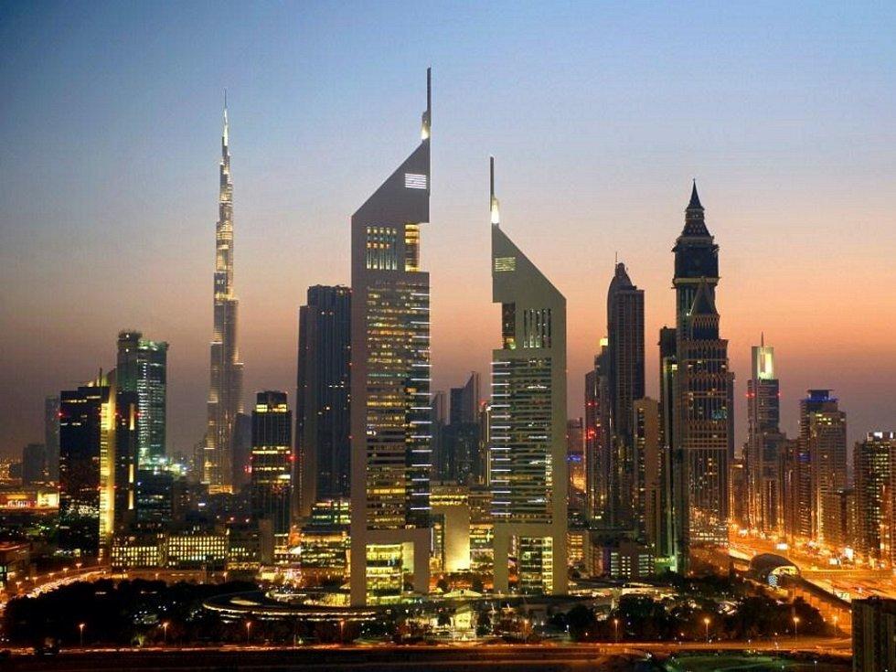 Jumeirah Emirates Towers, Dubaj, Spojené arabské emiráty – 309 m.