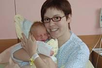 Tereza Štolbová, porodila v ústecké porodnici dne  13. 4. 2011 (10.50) syna Martina (50 cm, 3,4 kg).
