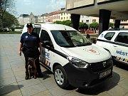Ústečtí strážníci dostali dvě nová auta.