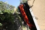 Havarovaný automobil v ústeckých Důlcích