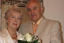 V politice končí, v manželství ale ne. Starosta centrálního obvodu nedávno oslavil zlatou svatbu.
