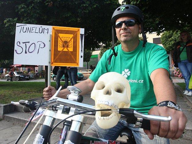 Takto Ústečané protestovali proti původnímu návrhu tunelů.