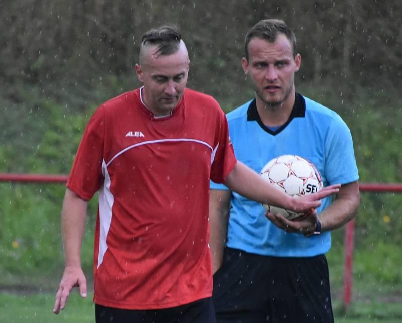 Jaroslav Dolejš, fotbalový cestovatel, zakotvil v kabině Střekova. Jde o jeho 55 angažmá.