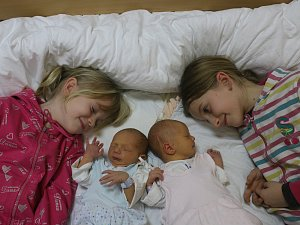 Gábinka a Michal Volečkovi se narodili Gabriele Volečkové z Teplic 9.ledna v 1.11 / 1.18 hod. v ústecké porodnici. Měřili 48 / 47 cm a vážili 3,1 / 2,85 kg
