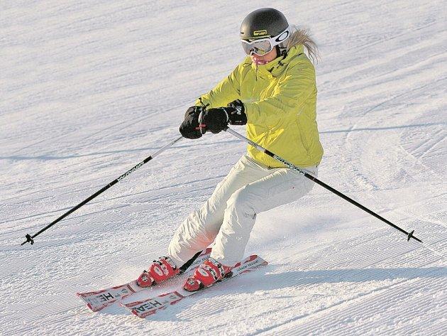 3D MAPA Krušných hor: Zimní střediska a lyžarské oblasti + nejlepší tipy pro vaši zimní dovolenou. Doprovází ji i snímky ze soutěže uspořádané DA Krušné hory.