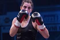 Lucie Sedláčková před limitem porazila Maďarku Kleopatru Tolnaiovou a má titul mistryně Evropy WBO v pérové váze.