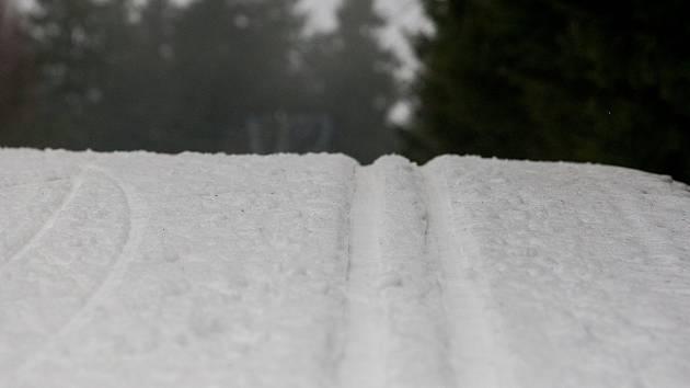 Lyžařská stopa, ilustrační foto.