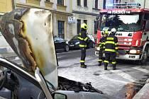 Požár automobilu v Trmicích