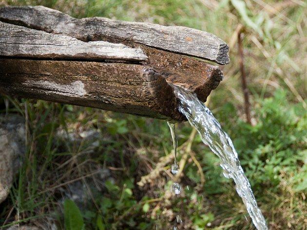 Den otvírání studánek oslavuje vodu.