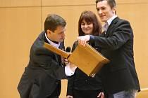 Volby nového rektora Univerzity Jana Evangelisty Purkyně.