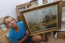 Obří sbírku obrazů stát nabízí jen za 45,5 tisíc.
