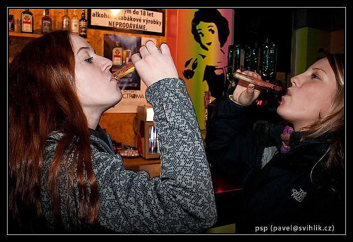 Snowporning. Party večer s premiérou filmu Red Bull Tricky Roulette se konala v úterý v ústeckém klubu Mumie.