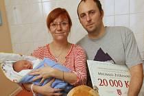 Prvním Ústečanem roku 2014 je Michal Zvěřina, který se narodil 2. ledna ve 13.07 hodin Lence Jeřábkové a tatínkovi Michalu Zvěřinovi.