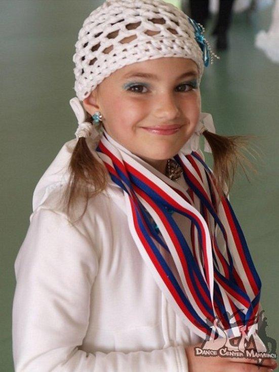 52. ADÉLKA VEREŠOVÁ, 7 let, Svádov.