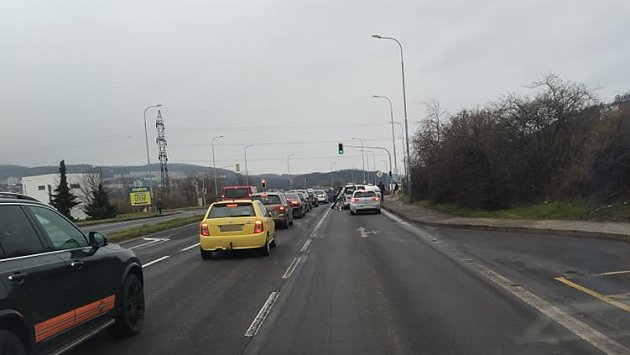 Dopravní nehoda vÚstí.