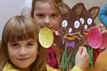 Skupinu předškoláků z mateřské školky přivítali v Domově pro seniory v Doběticích.