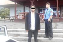 Libyjce zadrželi strážníci v diskotéce Brooklyn.