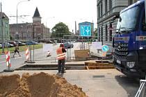 Rekonstrukce kanalizace v Moskevské ulici začíná. Skončí až za dva roky.