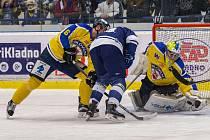 Druhý zápas čtvrtfinálové série mezi Kladnem a Ústím (žlutí) nabídl drama až do konce.