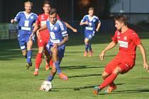 Ústečtí fotbalisté (červení) vyhráli v Kolíně 4:2.