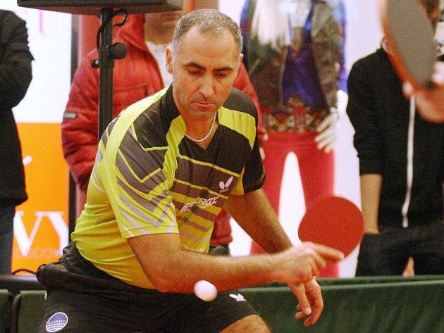 Účastník pěti olympijských her Petr Korbel si akci v obchodním centru Forum hodně pochvaloval.