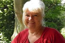 """""""Jsem jako máma a sedm místních organizací beru jako svoje děti,"""" říká stále usměvavá předsedkyně okresní organizace Svazu tělesně postižených Milena Černá."""
