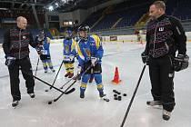 Hokejové soustředění mládeže 2016 v Ústí pod vedením Milana Hejduka a Jana Čalouna.