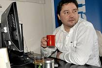 Manažer ústeckých hokejistů Robert Kysela při online rozhovoru v redakci Ústeckého deníku.