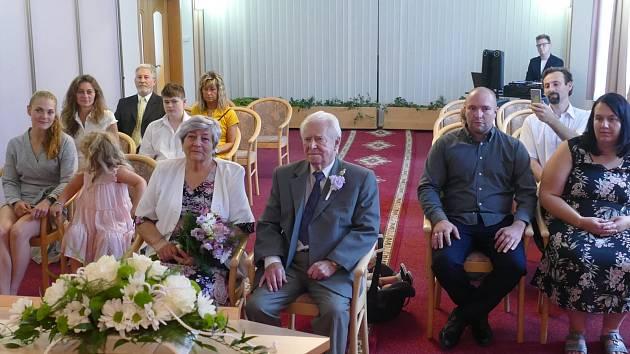 Manželé Nekardovi oslavili diamantovou svatbu.