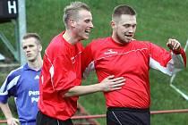 Fotbalisté Střekova (červení) doma porazili Postoloprty 5:2.