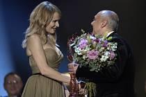 Monika Absolonová převzala 24. března v Praze Cenu Thálie v kategorii Opereta, muzikál a jiný hudebně dramatický žánr za roli Fanny Briceové v představení Funny Girl v Severočeském divadle opery a baletu v Ústí nad Labem.
