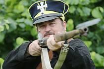 Ústecký spolek příznivců vojenské historie dostal pozvánku k účasti na obrovské rekonstrukci bitvy u Waterloo. Jeho člen, Jiří Bureš na snímku.