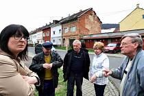 Yveta Tomková vyrazila do ulice Svádovská, kde mají obyvatelé s nepřizpůsobivými velké starosti.