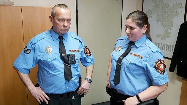 Ústečtí strážníci dostali nové osobní kamery