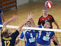 Volejbalisté Chabařovic uspěli v zápasech s Domažlicemi a ve druholigové soutěži obsadili třetí příčku.