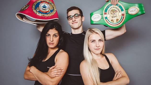 Sebastian a Fabiana Bytyqi budou v Ústí boxovat na galavečeru Box Live. Obhajovat titul bude i Lucie Sedláčková (vlevo).