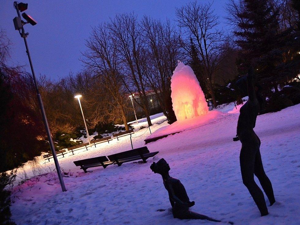 Zasněžený park na Severní Terase.