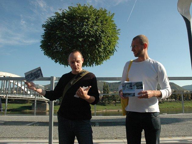 Kdo se v neděli účastnil debaty s architekty Janem Hroudou a Jiřím Němečkem, mohl si poslechnout i flétnu na zahánění krys.