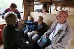 Zvláštní parní vlak svezl dětské onkologické pacienty z Ústí nad Labem do Zubrnic a zpět.
