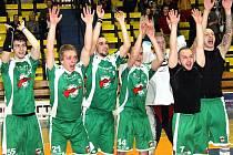 Ústečtí florbalisté uspěli v baráži proti pražskému týmu Start 98 a v letošním ročníku si tak zahrají v prvoligové soutěži.