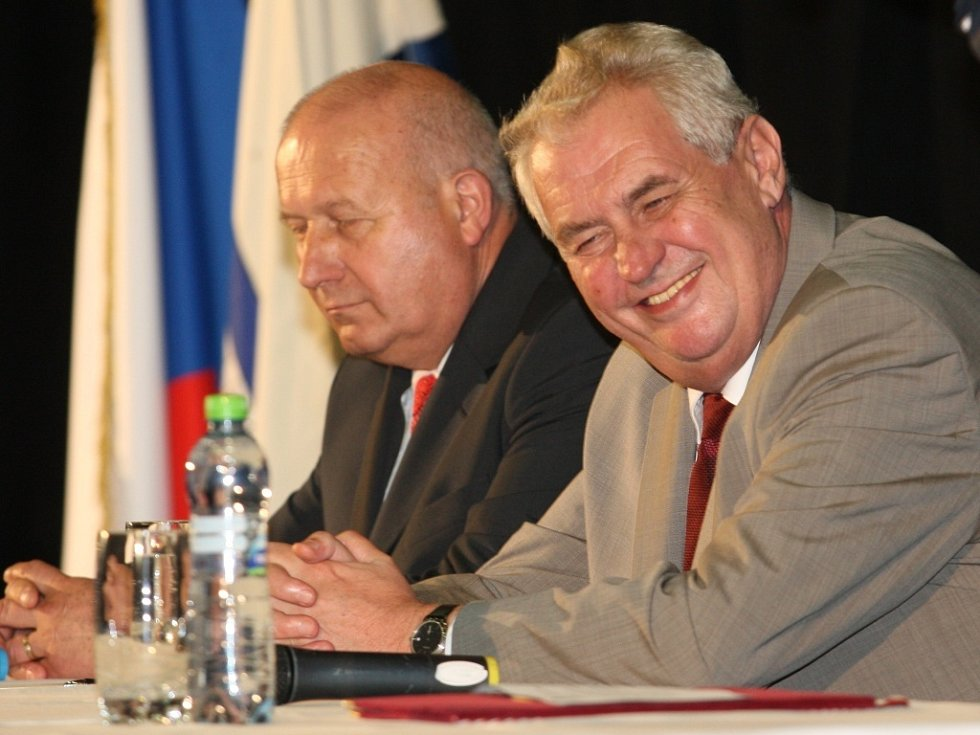 Prezident Miloš Zeman a hejtman Ústeckého kraje Oldřich Bubeníček.