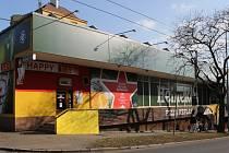 Objekt na Klíši je jedním z těch, o které by majitelé mohli přijít. Je tam bowling a dvě restaurace.