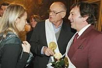 Princ z Popelky Pavel Trávníček (vpravo).