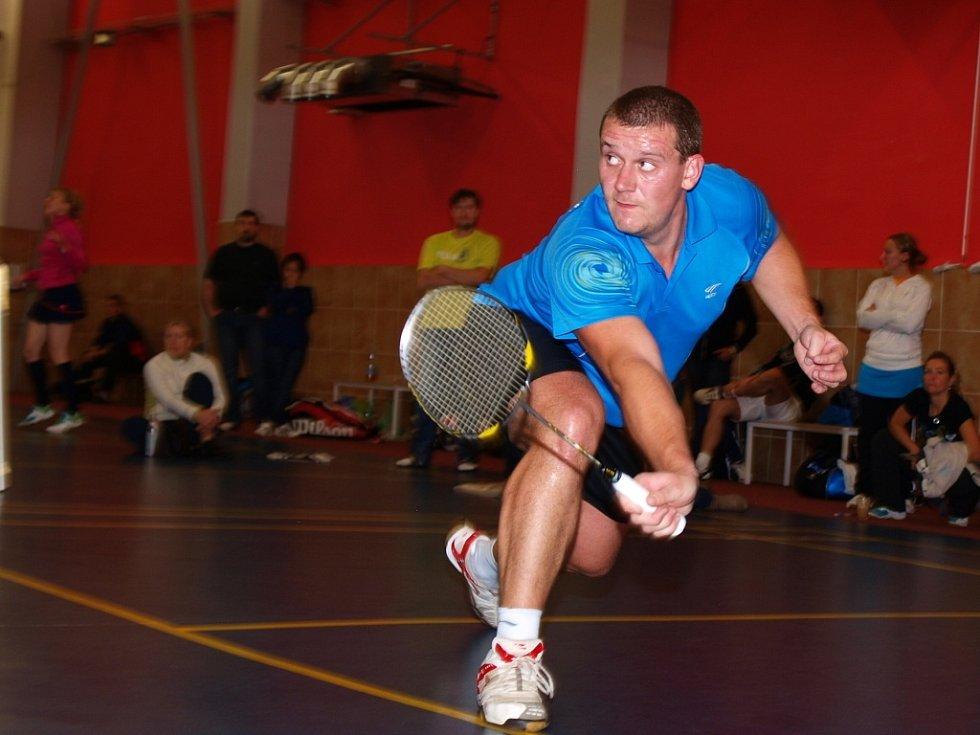 O tom, že badminton není jen plážový sport, přesvědčili diváky neregistrovaní hráči, kteří se v Krásném Březně o víkendu utkali o titul mistra republiky.