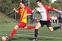 Fotbalisté Brné (pruhovaní) zvítězili nad rezervou Střekova 4:3 po penaltách.