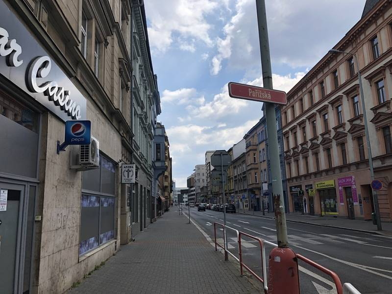 Co je nového v Ústí nad Labem: Pařížská ulice nabízí obchody, služby i školu.