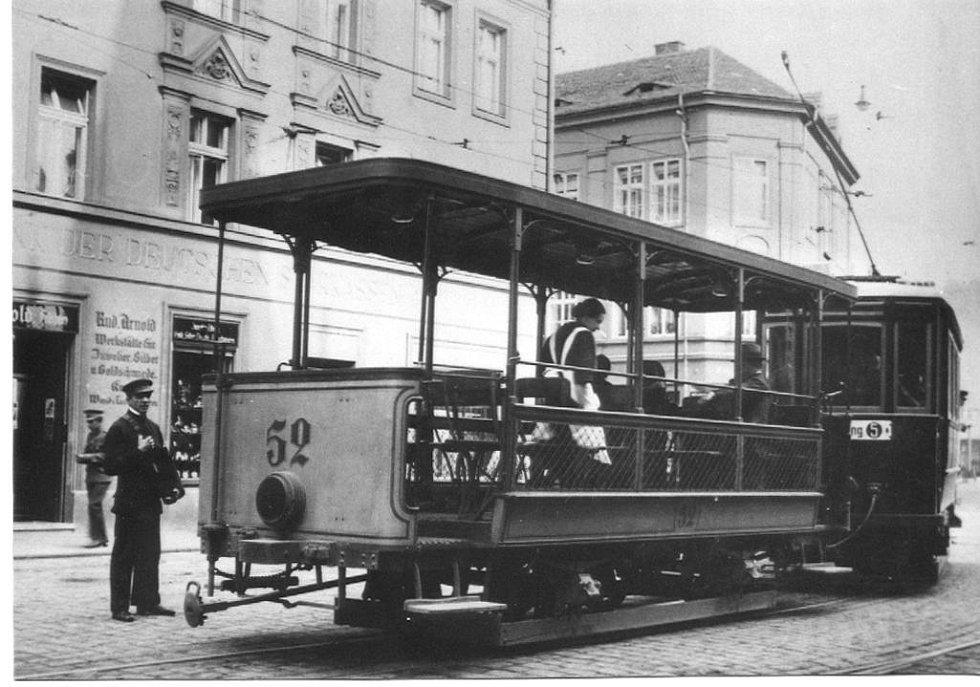 Snímek z roku 1924.