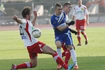 Ústečtí fotbalisté (modří) doma podlehli Zlínu 0:2.