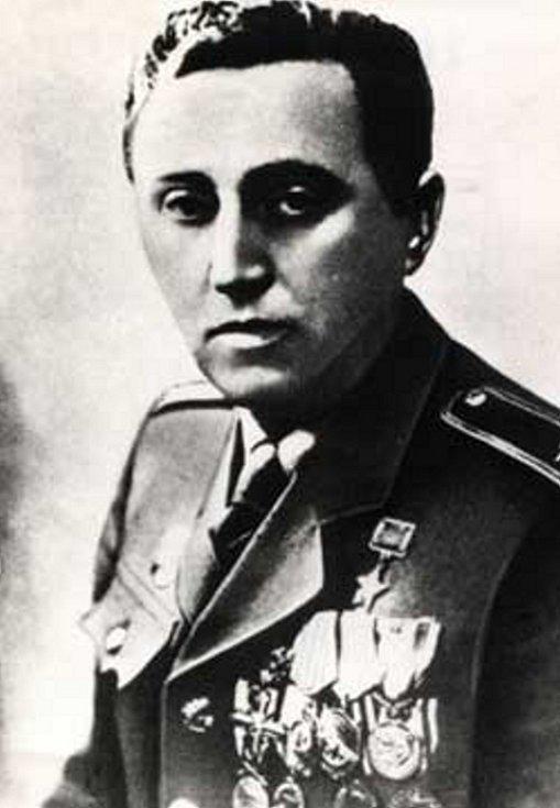 Abtonín Sochor obdržel četná vyznamenání česká i sovětská.