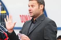 Trenér Svatopluk Habanec je jedním z důvodů proč se ústečtí fotbalisté stali podzimním mistrem druholigové soutěže.
